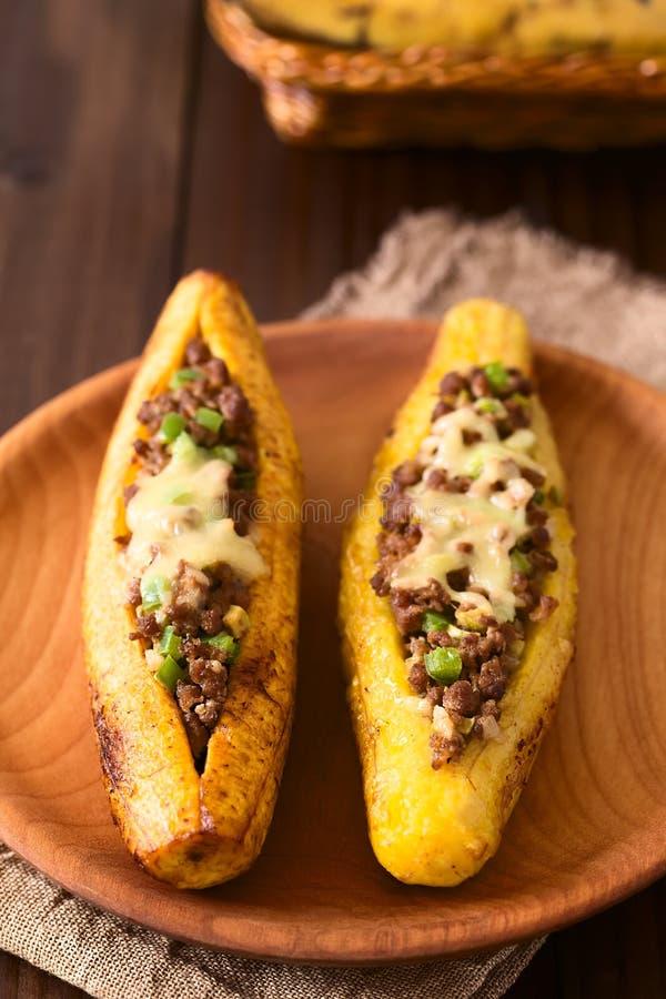 被充塞的被烘烤的成熟大蕉 免版税库存图片