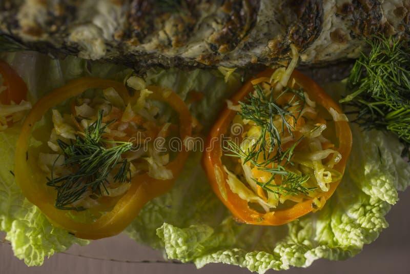 被充塞的鲤鱼,装饰用菜 鱼宴 库存图片