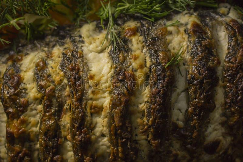 被充塞的鲤鱼,装饰用菜 鱼宴 免版税库存照片