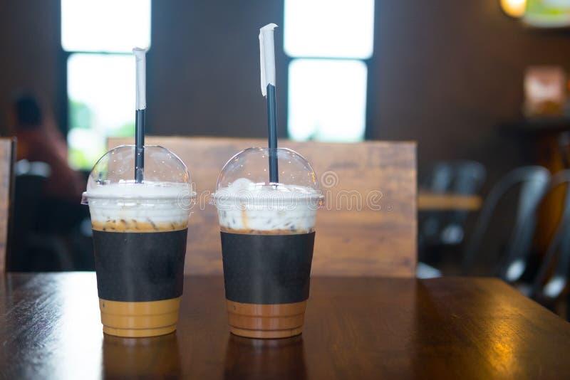 被冰的咖啡拿铁和被冰的咖啡上等咖啡 免版税库存照片