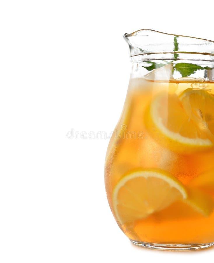 被冰的茶用柠檬 免版税库存照片