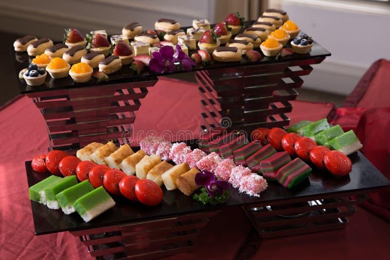 被分类的亚洲传统蛋糕 免版税库存照片