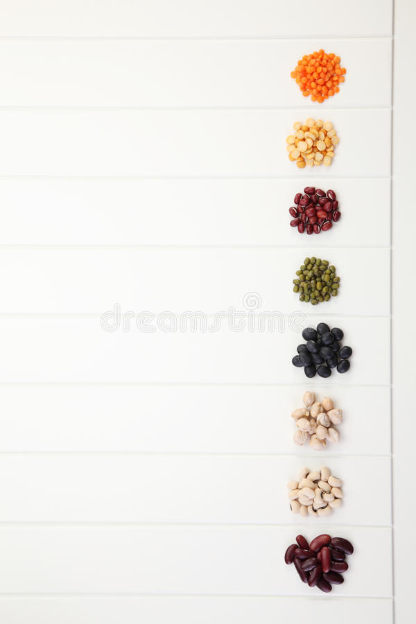被分类的豆 库存图片