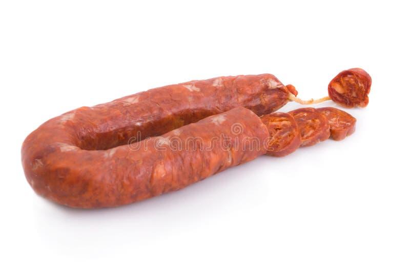 被切的加调料的口利左香肠古西班牙&# 库存照片