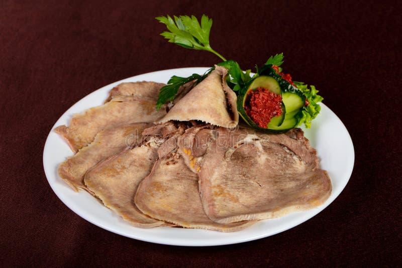 被切的牛舌肉 免版税库存照片