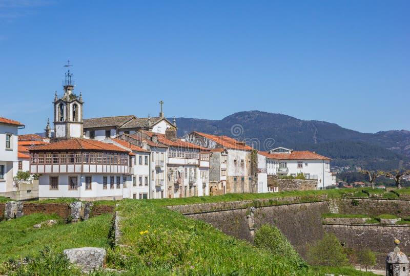 Download 被加强的墙壁和房子在瓦伦西亚做米尼奥省 库存图片. 图片 包括有 有历史, 堡垒, 拱道, 绿色, 纪念碑 - 72354281