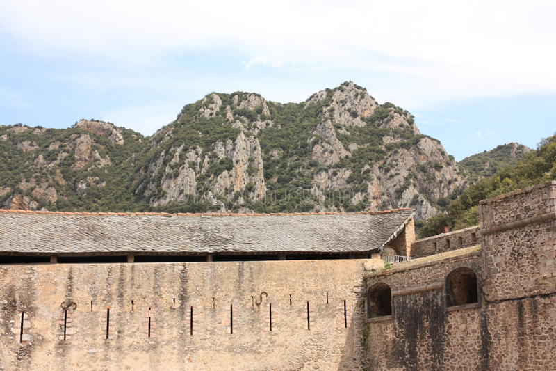 被加强的市Villefranche de Conflent在比利牛斯Orientales,法国 库存照片