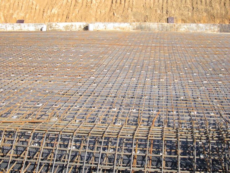 被加强的框架的准备随后倾吐的混凝土 库存照片