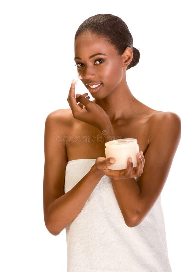 被包裹的美国黑人的奶油色表面女孩&# 库存图片