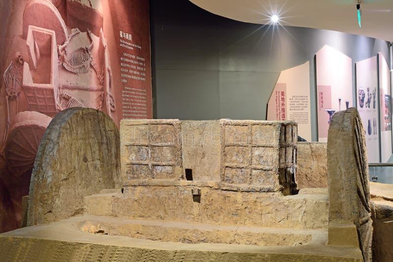 被发掘的成都中国遗物:运输车 免版税库存照片