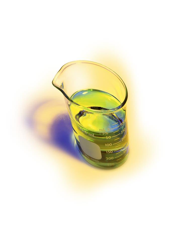 被变形的化工烧杯用在黄色光晕的鲜绿色的解答 免版税图库摄影
