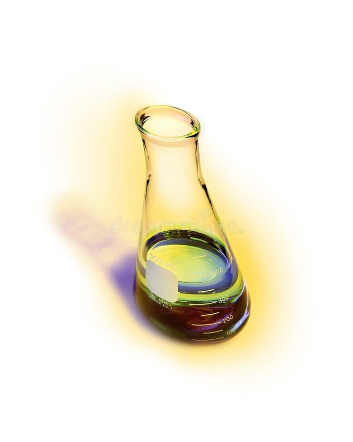 被变形的广角化工烧瓶用在黄色光晕的毒性鲜绿色的解答有白色背景 免版税库存照片