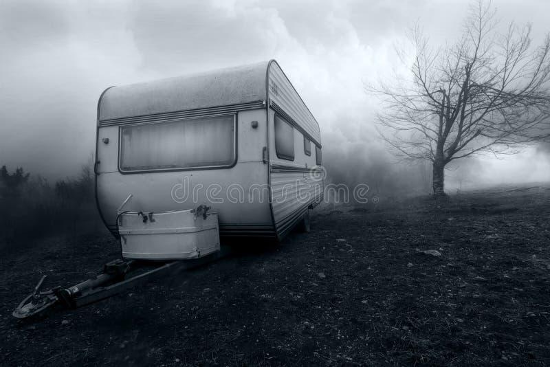被困扰的露营者货车的恐怖图象 库存图片