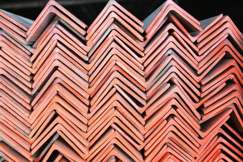 被堆积的三角钢 库存照片