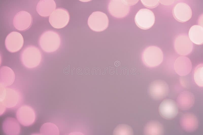 被弄脏的紫色闪耀的欢乐bokeh背景 库存例证