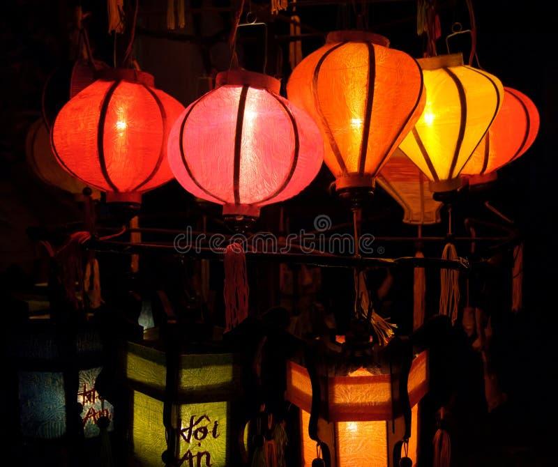 被手工造的灯笼在古镇会安市,越南 库存照片
