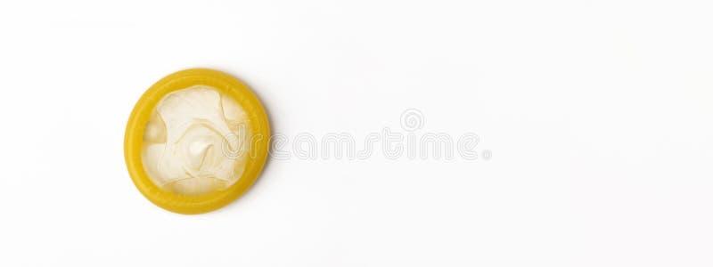 被打开的避孕套 库存图片
