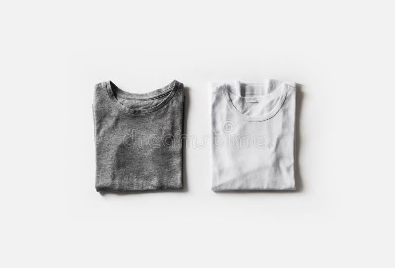 被折叠的空白的T恤杉 图库摄影