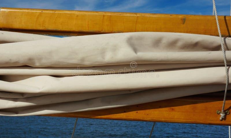 被折叠的风帆 免版税库存图片