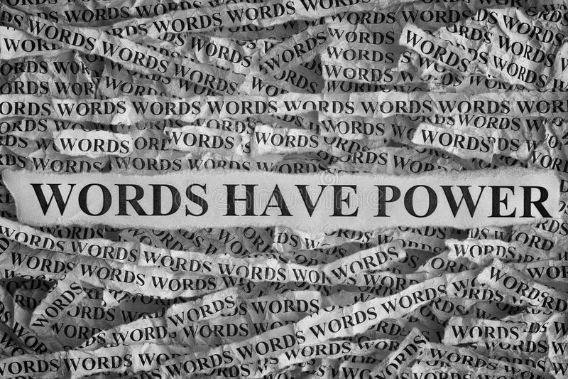 被撕毁的纸与词组词的有力量 库存图片