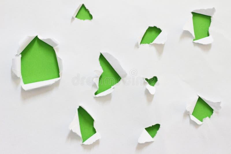 被撕毁的裂口纸 免版税库存图片