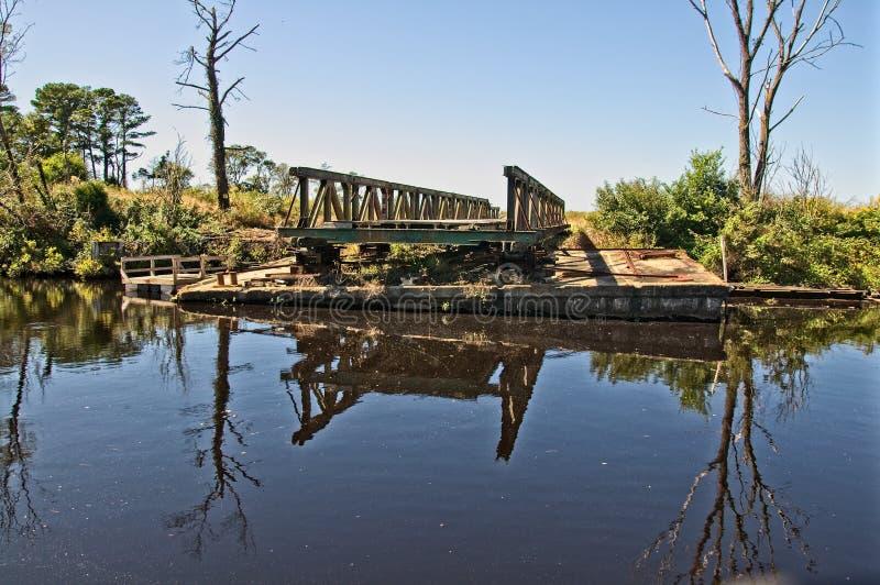 被撤出的桥梁 免版税库存图片