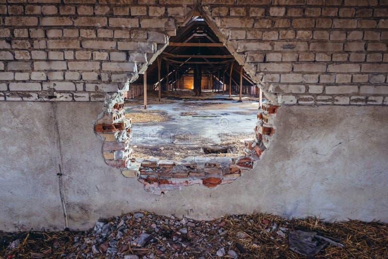 被放弃的农场在波兰 图库摄影