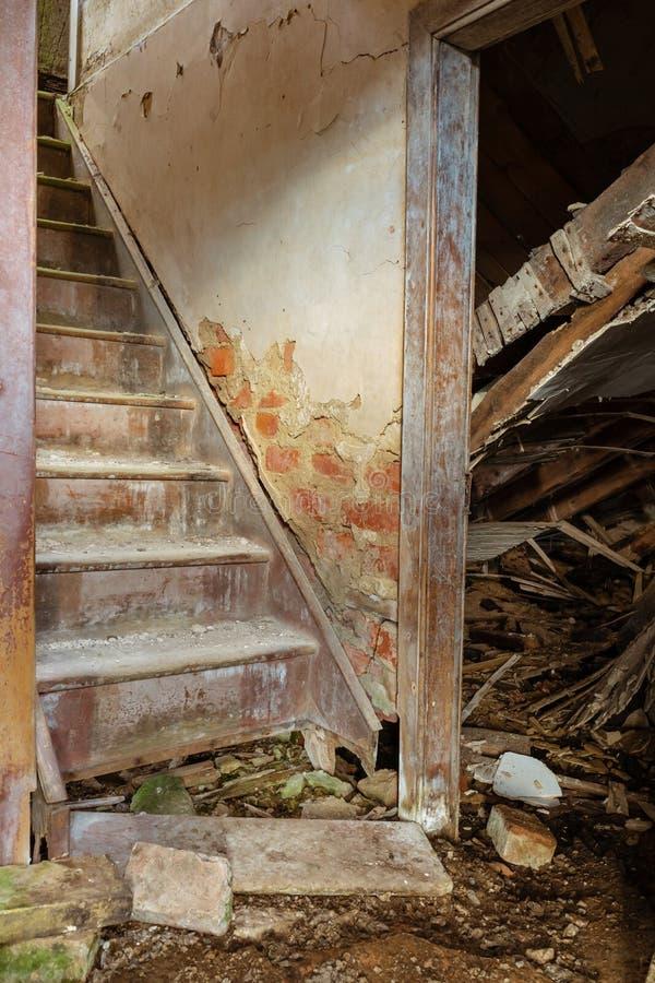 被放弃的农舍在苏格兰 库存照片