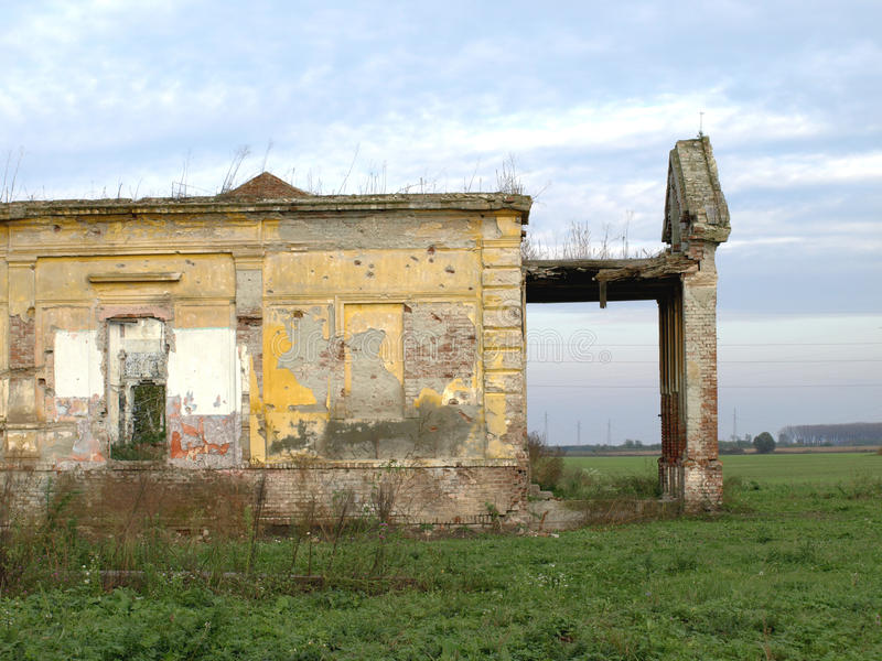 被放弃的城堡 库存照片