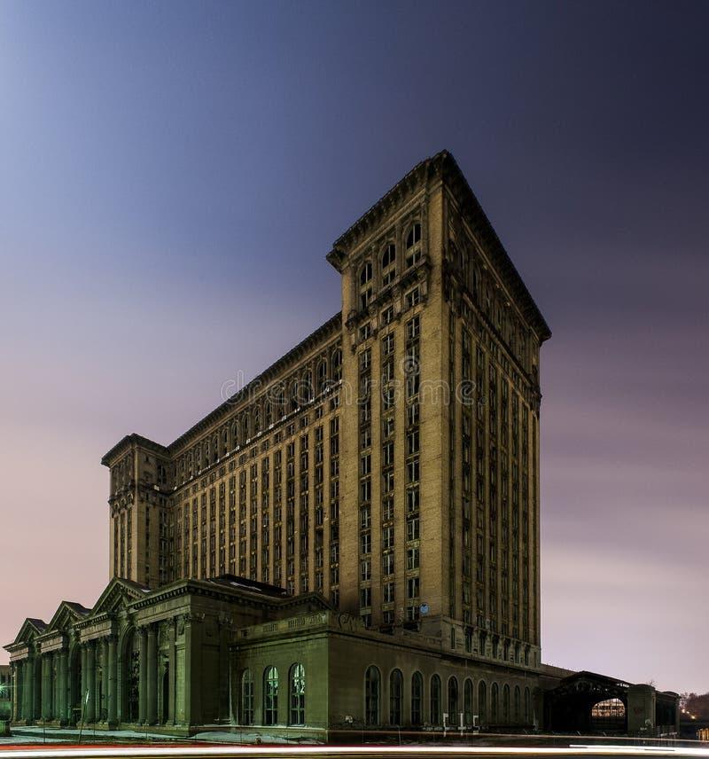 被放弃的密执安中央驻地在底特律 免版税库存照片