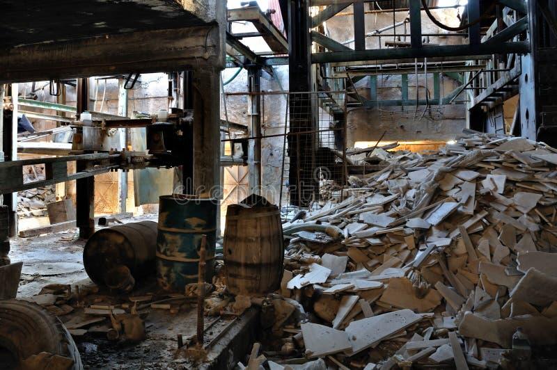 被放弃的工厂大理石处理 免版税库存照片