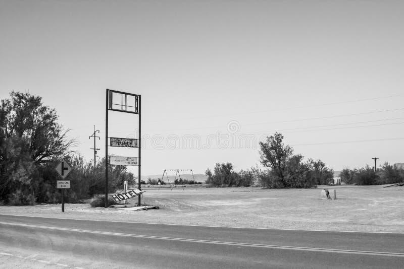 被放弃的旅馆签到死亡谷国家公园,加利福尼亚 免版税库存照片