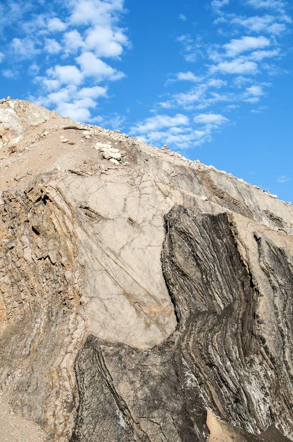 被放弃的石猎物倾斜  免版税库存图片