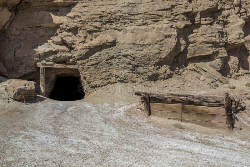 被放弃的肮脏的恶魔铀矿在犹他 免版税库存图片