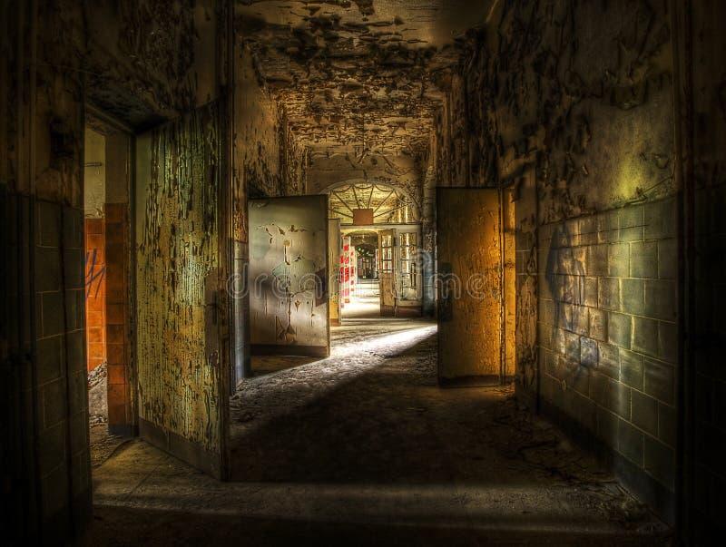 被放弃的走廊 免版税库存照片