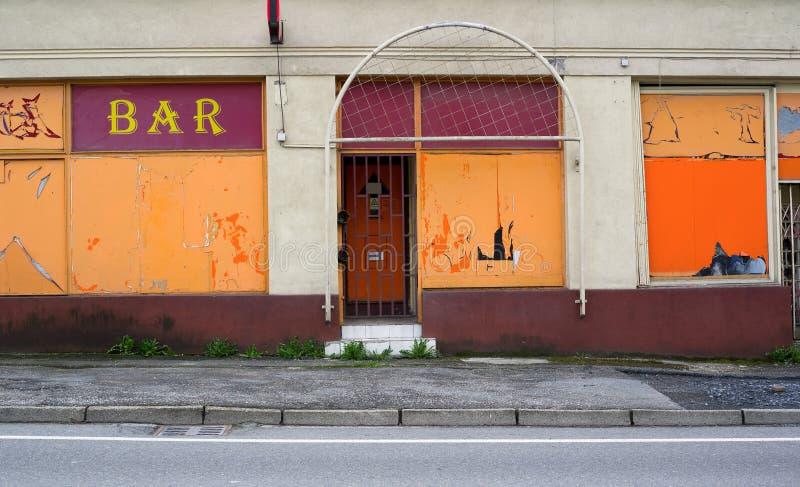 被放弃的酒吧和客栈 免版税库存照片