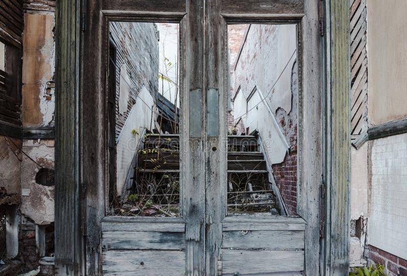 被放弃的门道入口 图库摄影