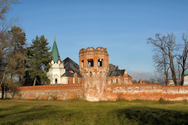 被放弃的Feodorovsky gorodok在Tsarskoye Selo,圣彼德堡, 免版税库存图片