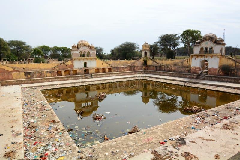被放弃的stepwell Fatehpur 拉贾斯坦 印度 免版税库存图片