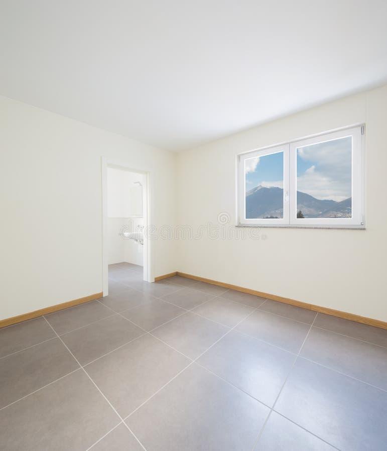 被更新的新,干净和空的室 免版税库存照片