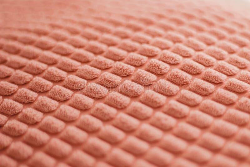 被构造的美丽居住珊瑚背景 ??2019? 趋向的基本概念 织品坐垫的纹理 免版税库存图片