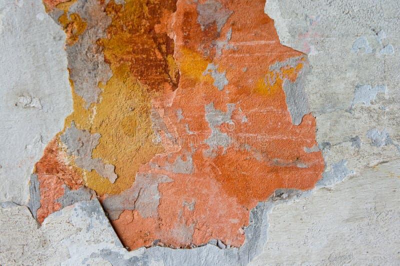 被毁坏和被毁坏的砖和膏药纹理 库存照片