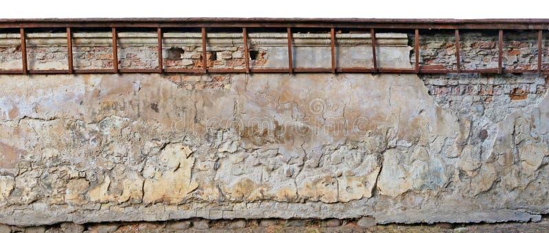 被毁坏的年迈的百年寺庙和教会yel的长的部分 免版税库存图片