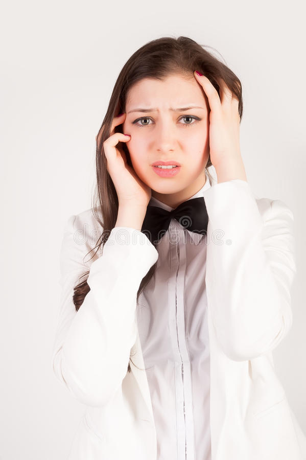 被注重的和沮丧的年轻女实业家 免版税库存照片