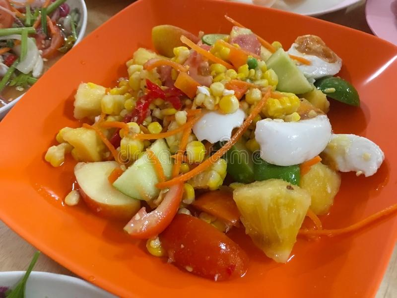 被混合的果子辣沙拉,泰国食物 库存照片