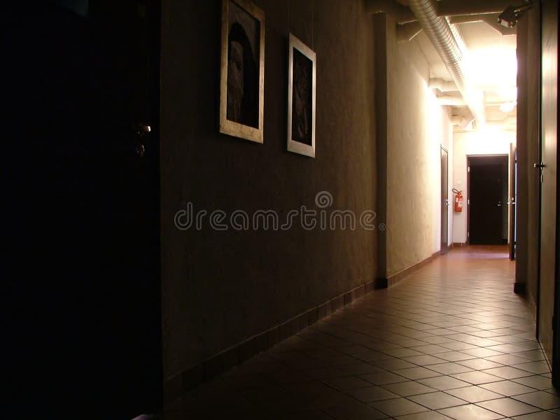 被点燃的走廊 免版税库存照片