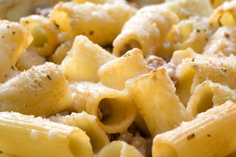 被烘烤的意大利面食 库存图片