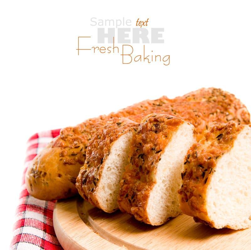 被烘烤的新鲜的大面包 免版税库存照片