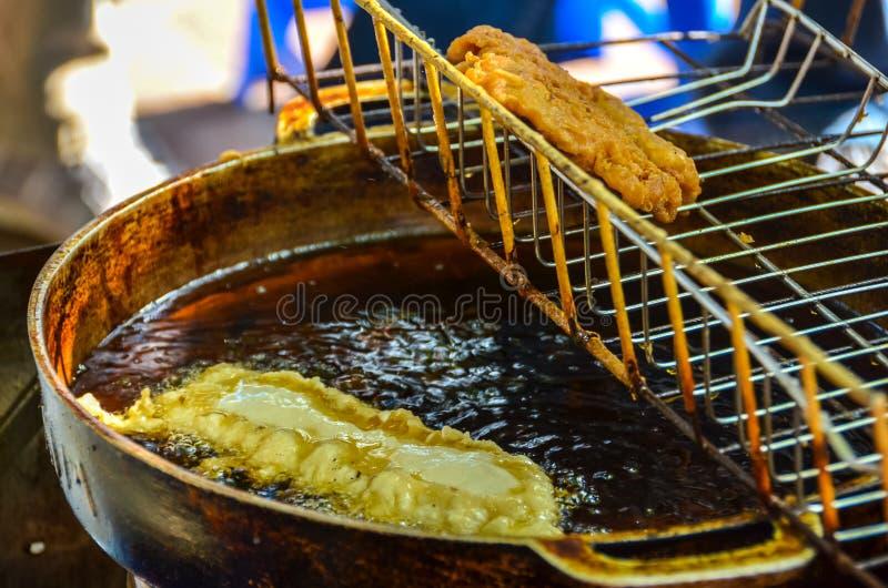 被烘烤的香蕉点心在越南 库存图片