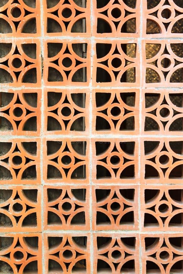 Download 被烘烤的黏土阻拦墙壁 库存照片. 图片 包括有 靠山, 门面, 橙色, 电池, 陶瓷, 背包, 范围, 详细资料 - 72352982